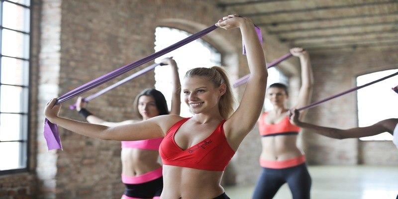 migliori-bande-elastiche-fitness-crossfit-guida-all-acquisto