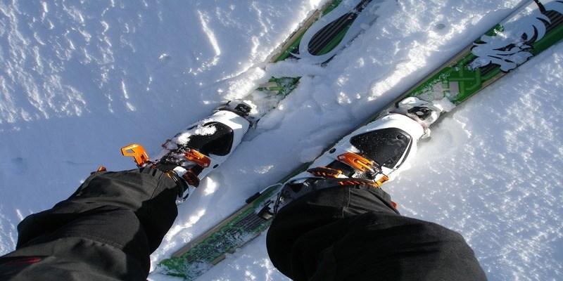scaldapiedi-inverno-montagna-sci